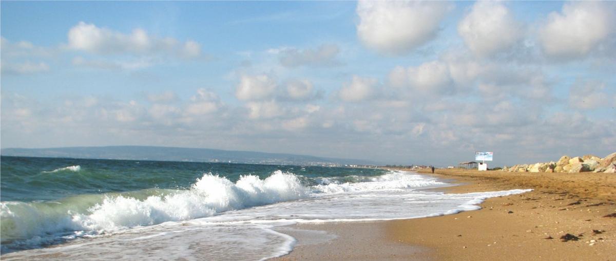 Феодосия-Золотой-Пляж