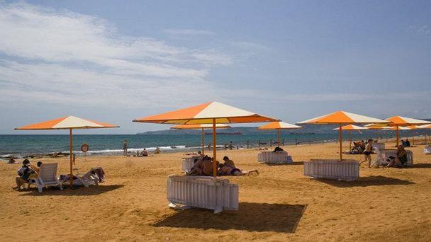 золотой-пляж-феодосии